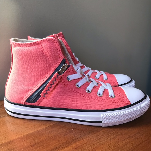 fab7d861c85a NWT converse coral half zip sneakers